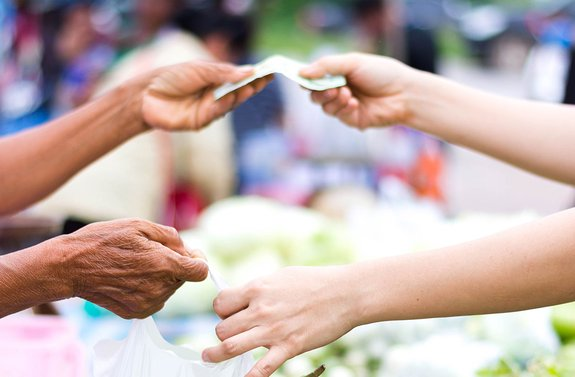 BBC: Does a cashless society benefit everyone?