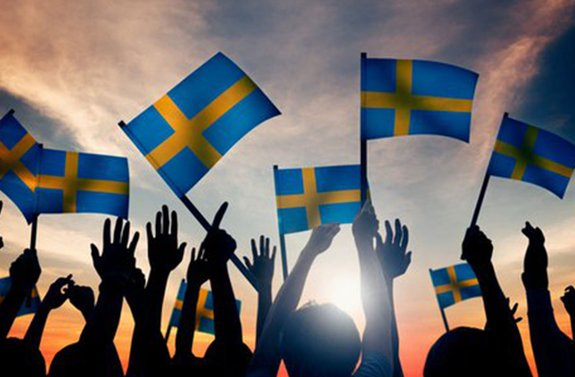 The shortsighted race to a cashless future: Sweden